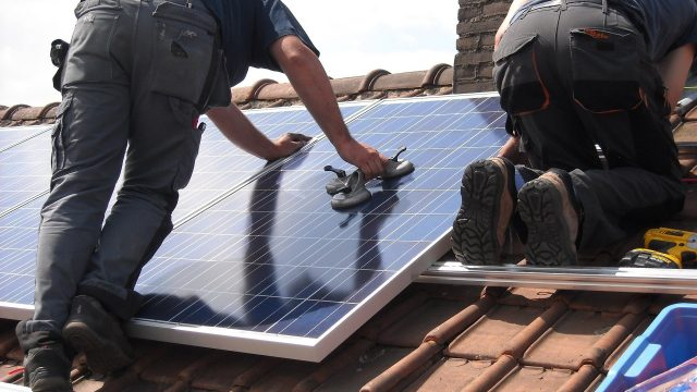 Top 5 solar energy stocks